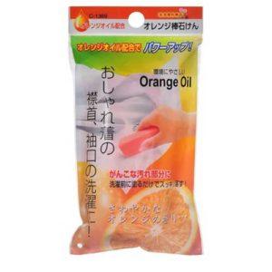 Sanada Seiko Мыло хозяйственное с апельсиновым маслом для стирки трудновыводимых пятен, 100 г 2